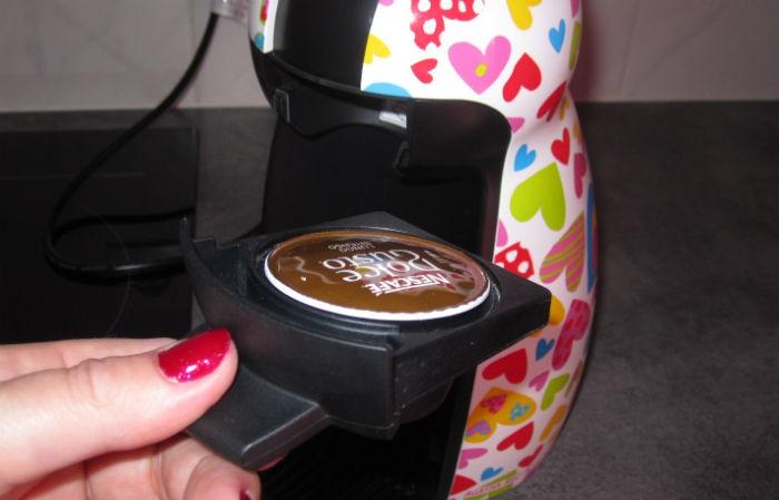 krups dolce gusto piccolo test complet cafeti re capsule dosette les num riques. Black Bedroom Furniture Sets. Home Design Ideas