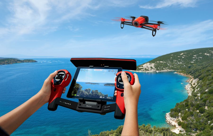 Parrot%20Skycontroller Bebop%20Drone Red