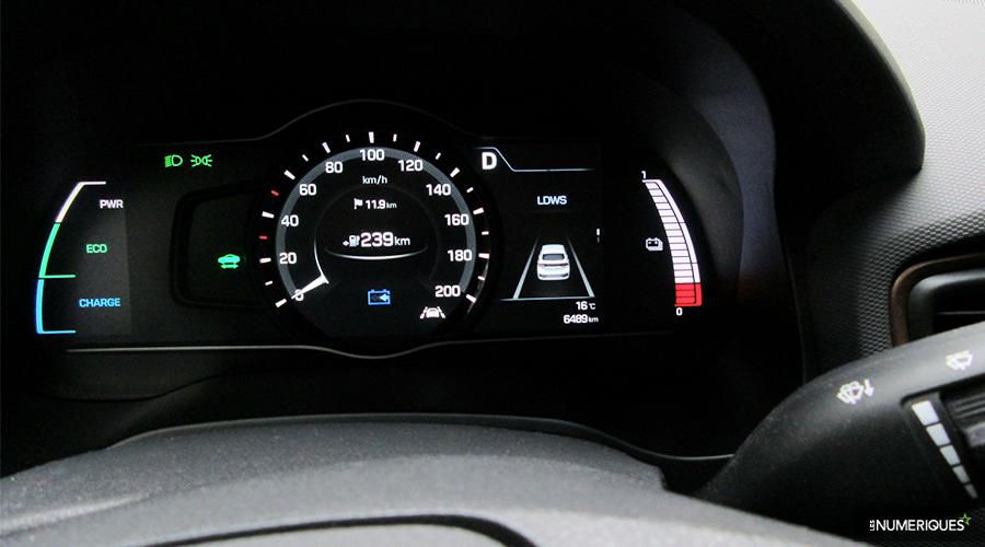 Hyundai-IONIQ-compteurs-WEB.jpg