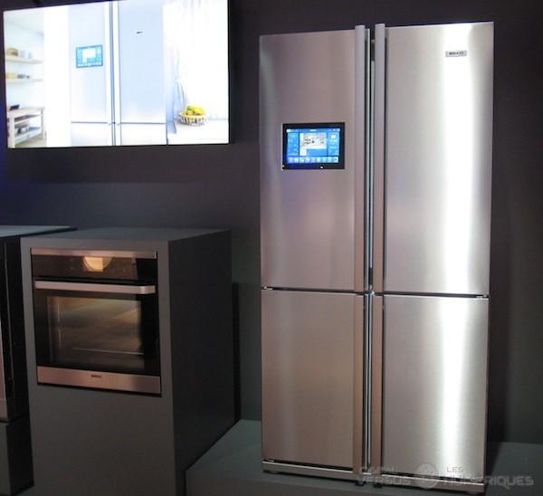 ifa la d mo compl te d 39 un r frig rateur connect chez beko. Black Bedroom Furniture Sets. Home Design Ideas