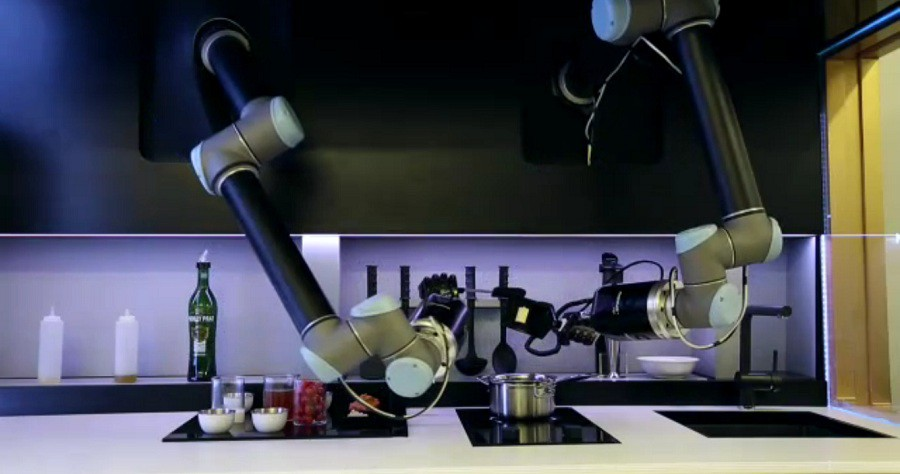 the robotic kitchen un robot pr pare le d ner de ses. Black Bedroom Furniture Sets. Home Design Ideas