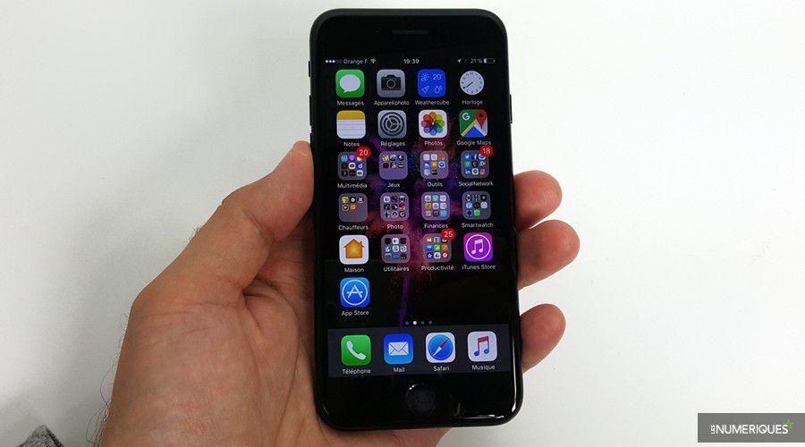 Un bug empêche de passer des appels sur certains iPhone 7 - Les ... c69d4401323b