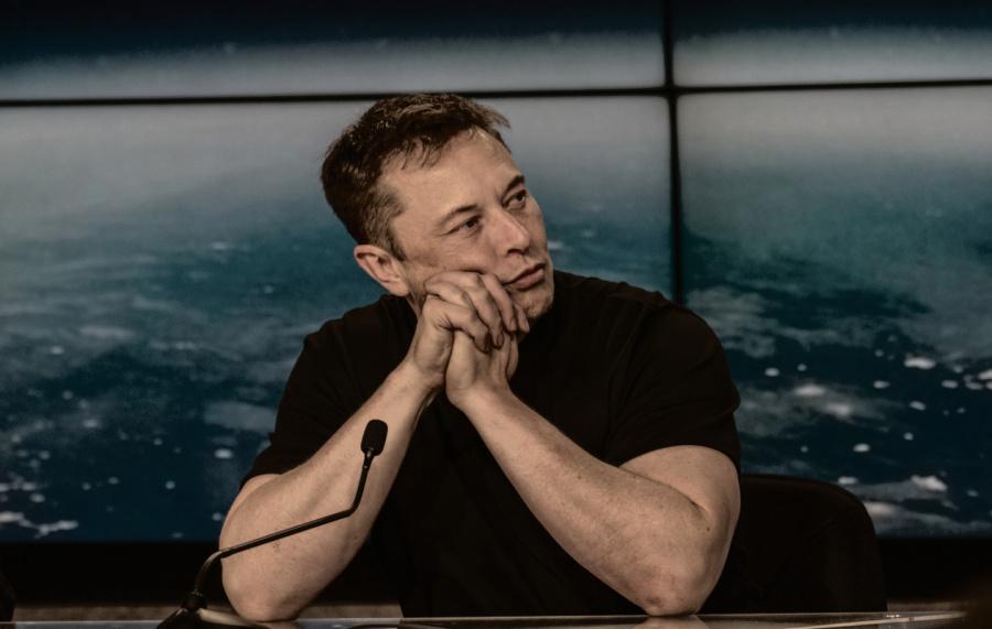 Elon Musk promet de lever bientôt le voile sur Neuralink