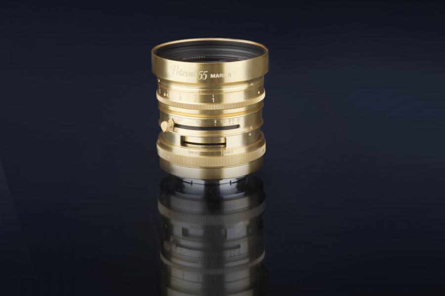 Lomography présente un nouveau Petzval 55 mm f/1,7 pour hybride