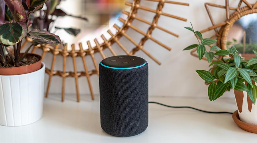 Alexa : un nouveau brevet d'Amazon inquiétant pour la vie privée