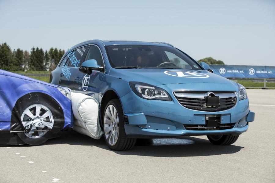 L'équipementier ZF présente son airbag latéral extérieur