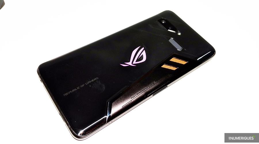 L'Asus ROG Phone 2 embarquerait un écran de 120 Hz