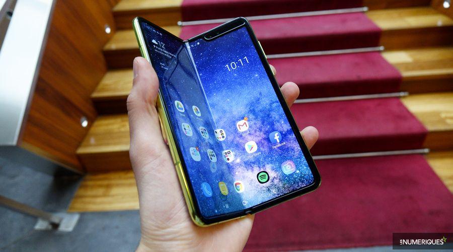 """Pour le PDG de Samsung, l'échec du Galaxy Fold était """"embarrassant"""""""