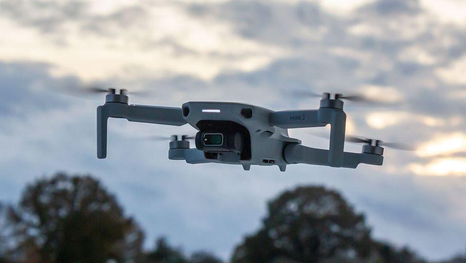 Drones de loisir : que faut-il savoir de la réglementation 2021 ? - Les Numériques