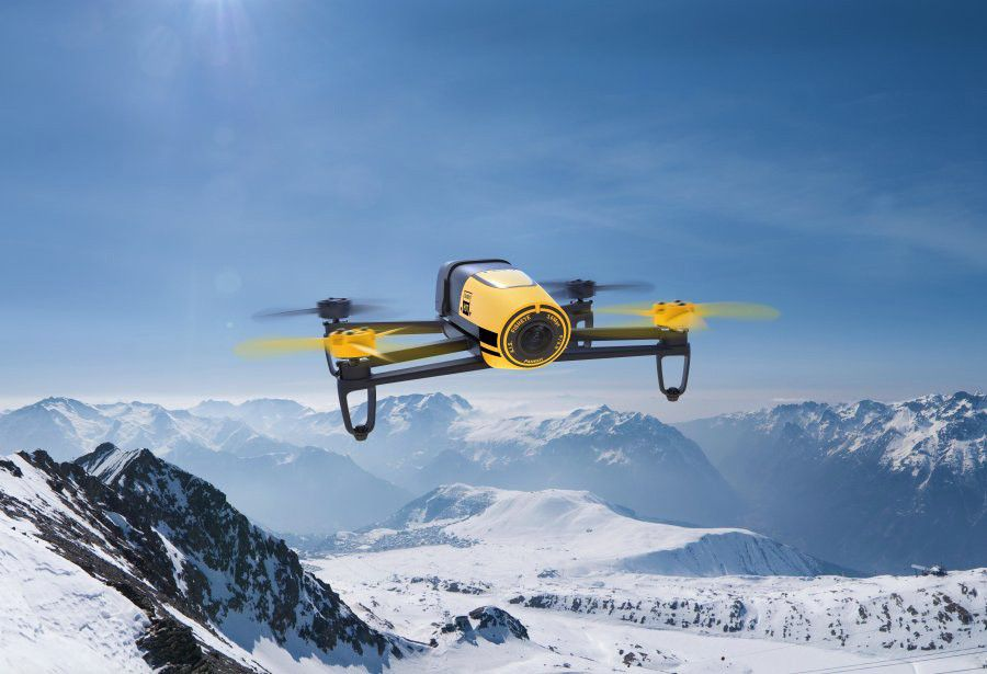 Parrot%20Bebop%20Drone Yellow Lifestyle 700