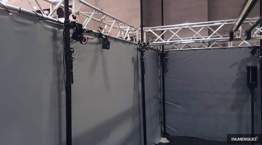 vr-zone-acrophobia-capteur-camera.jpg