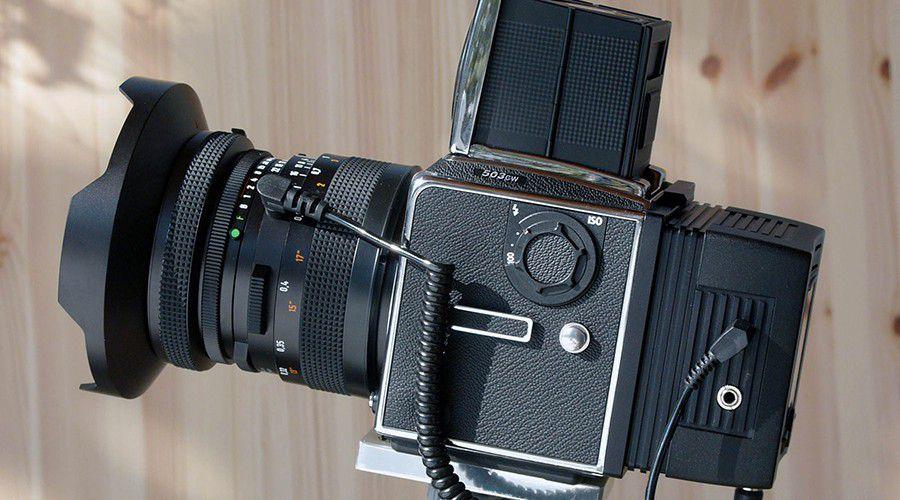 fabriquer un dos num rique Hasselblad_503CW_V96C.jpg. Hasselblad 503 CW et dos numérique ...