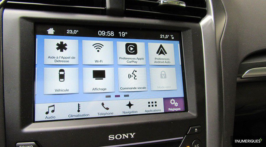 Ford-SYNC3-Apple-Google-WEB.jpg