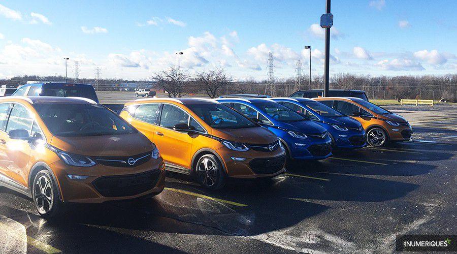 1_Opel-AmperaE-Detroit-parking-WEB.jpg