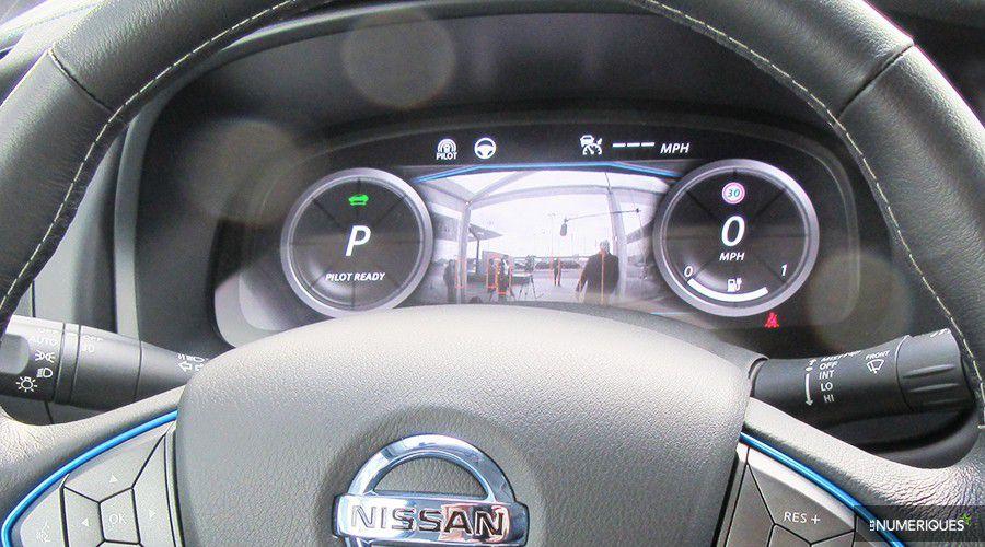 Nissan-Leaf-autonome-dashboard-WEB.jpg