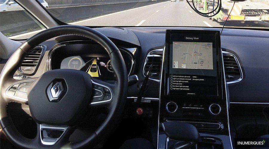Renault-autonome-sans-les-mains-WEB.jpg