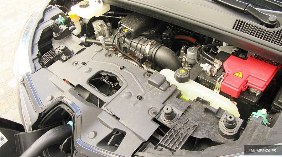 Renault-ZOE-moteur-WEB.jpg