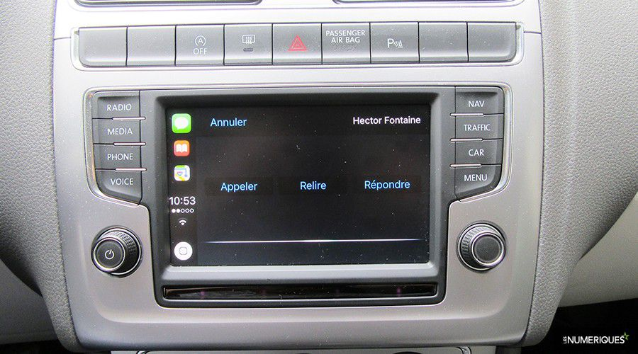 VW-Polo-Beats-CarPlay_2-WEB.jpg