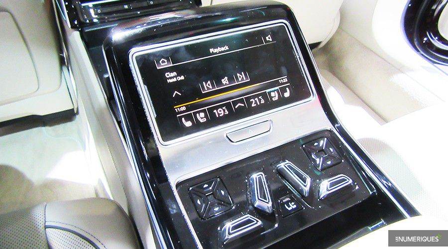 Audi-A8-console-back_1-WEB.jpg