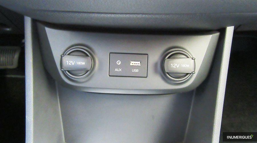 Hyundai-iONIQ-ports-WEB.jpg