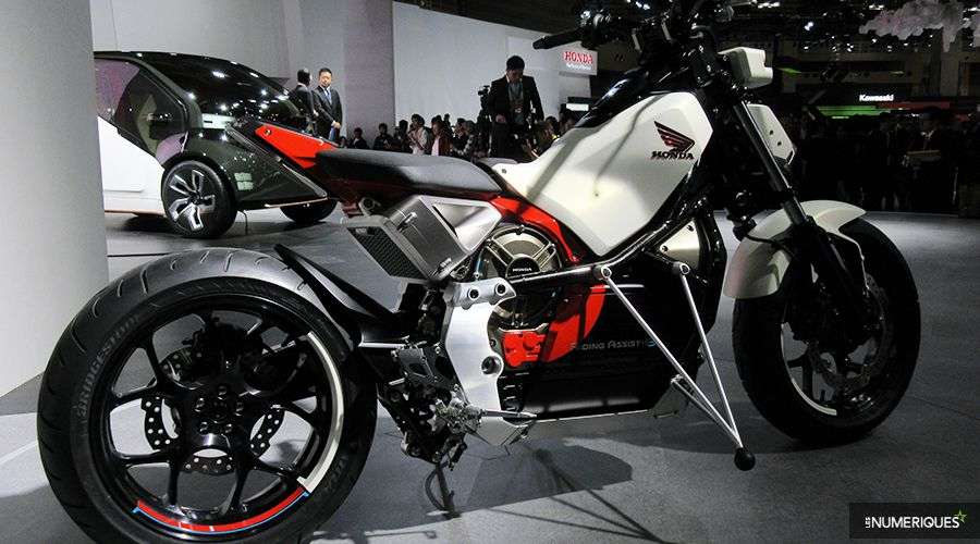 Honda-Ride-Assist_2-WEB.jpg