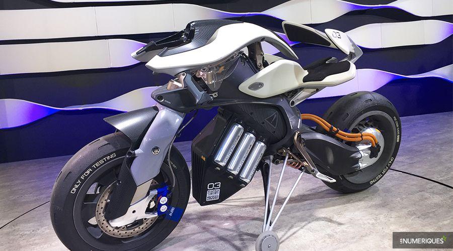 Yamaha-Motoroid-WEB.jpg