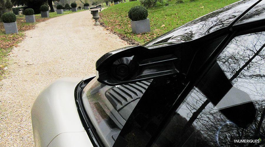 Renault-Symbioz-retrovision-WEB.jpg