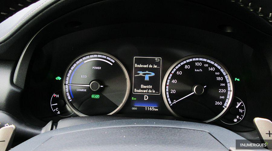Lexus-NX300h-mini-ecran-dash-WEB.jpg