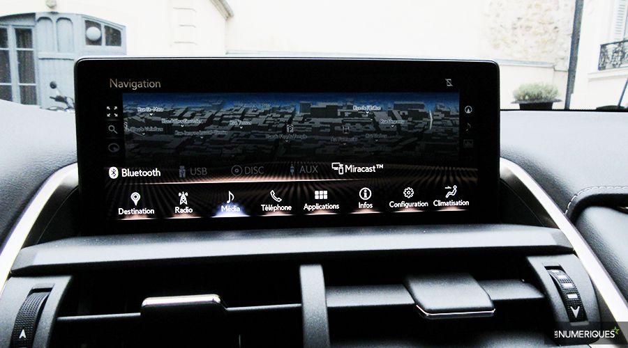 Lexus-NX300h-surbrill-WEB.jpg