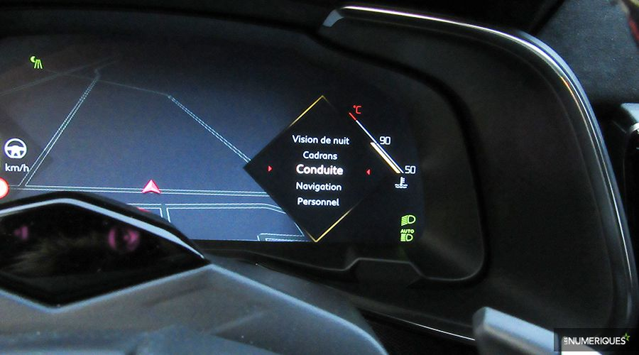DS7-Crossback-custom-dashboard-WEB.jpg