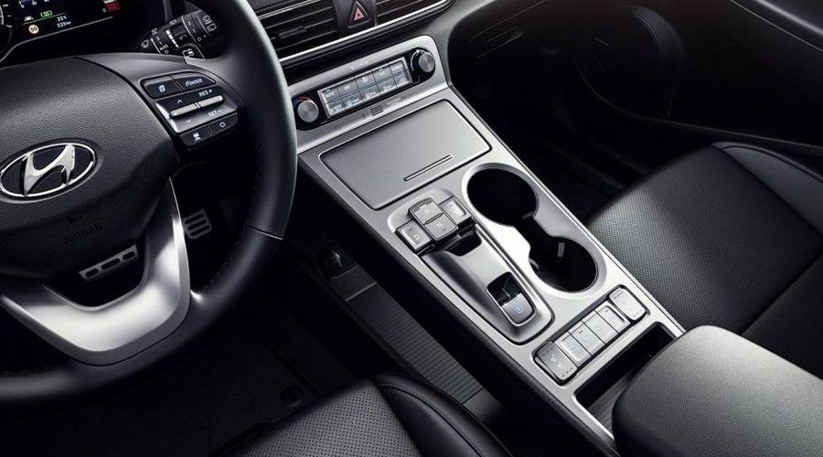 Hyundai-Kona-elec-inside-WEB.jpg