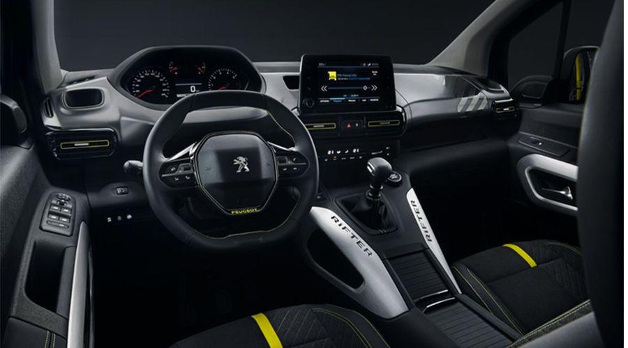 Peugeot-Rifter-4X4-Inside-WEB.jpg