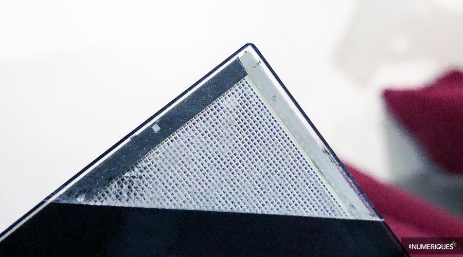 LG-Display-microacavites.jpg