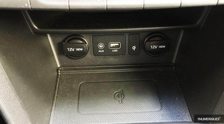 Hyundai-Kona-connectique-WEB.jpg