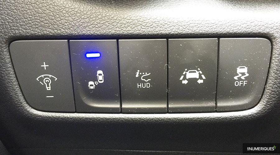 Hyundai-Kona-HUD-desactivable-WEB.jpg