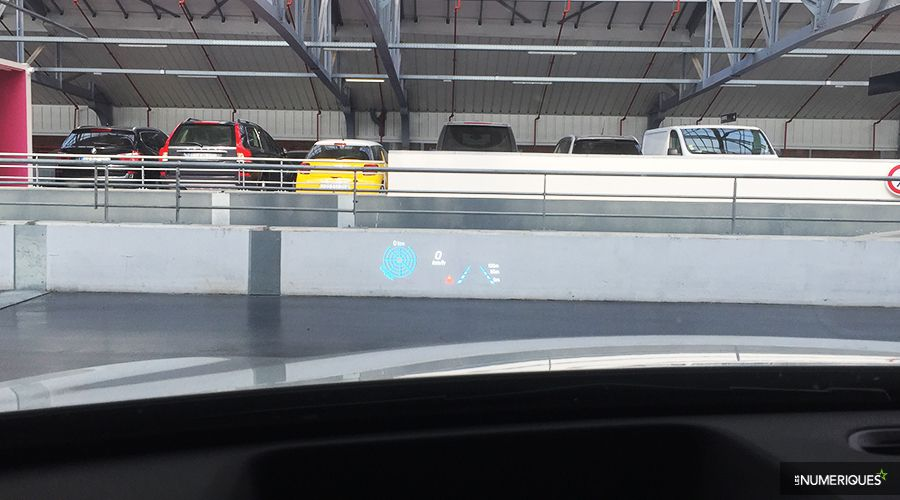 Mercedes-Classe-A-HUD-WEB.jpg