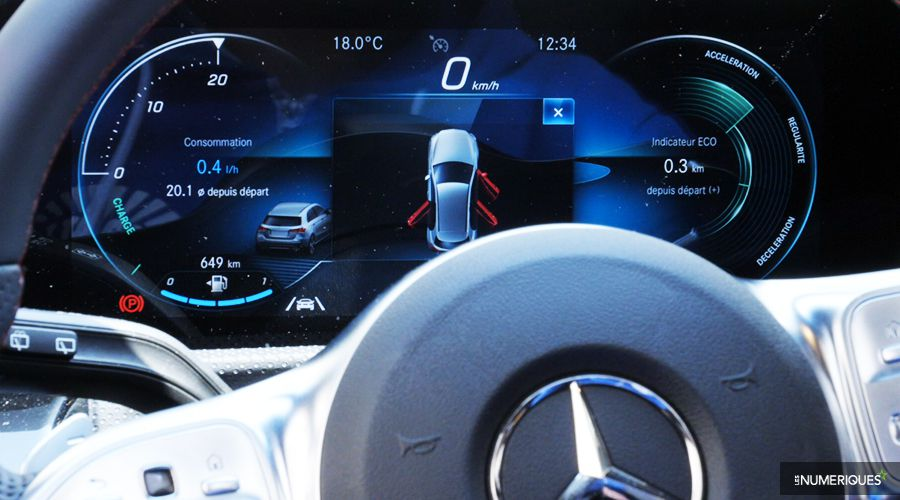 Mercedes-Classe-A-inside-WEB.jpg