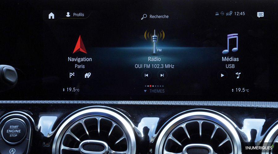 Mercedes-Classe-A-Navigation-WEB.jpg