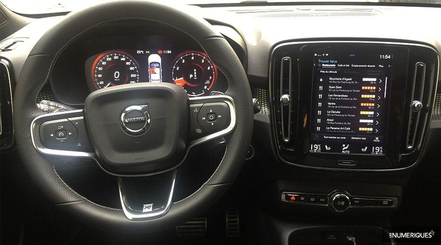 Volvo-XC40-Inside-WEB.jpg