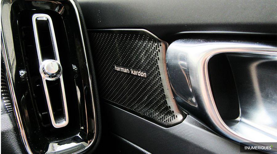 Volvo-XC90-Harman-Kardon_1-WEB.jpg