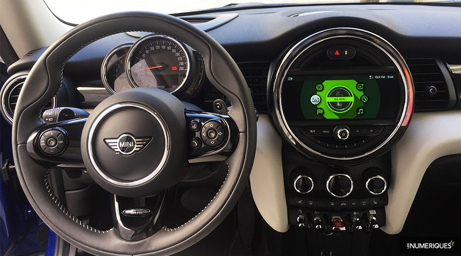 Mini-Cooper-S-inside-WEB.jpg