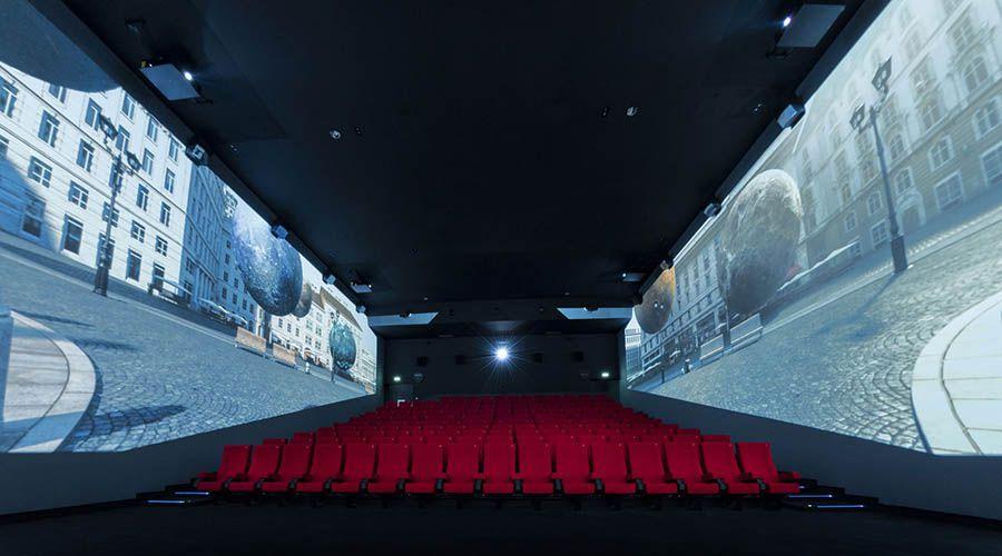 lesnumeriques-Pathe_Gaumont-ScreenX-illus-6.jpg