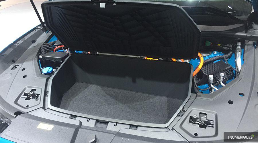 Audi-etron-coffre-WEB.jpg