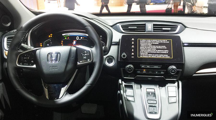 Honda-CRV-HYBRID-INSIDE-WEB.jpg