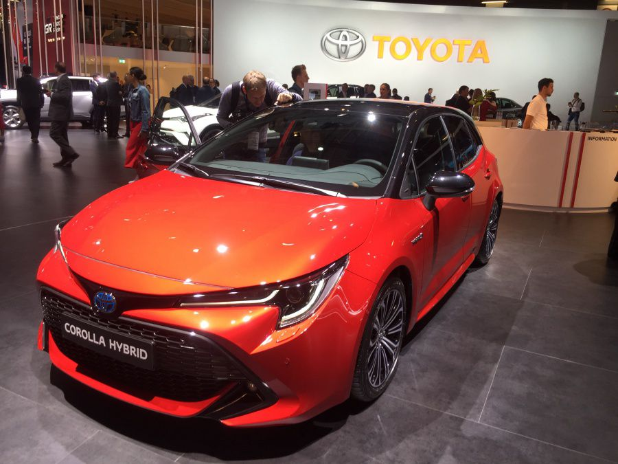 Toyota Corolla PREZ.JPG