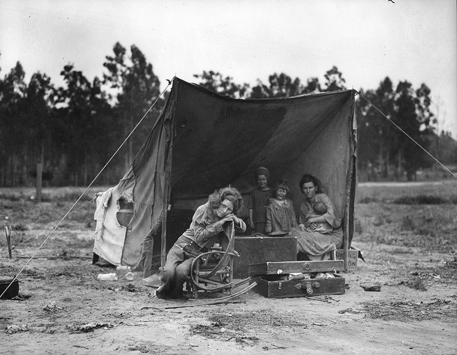 DorotheaLange_Migrant Mother-2.jpg