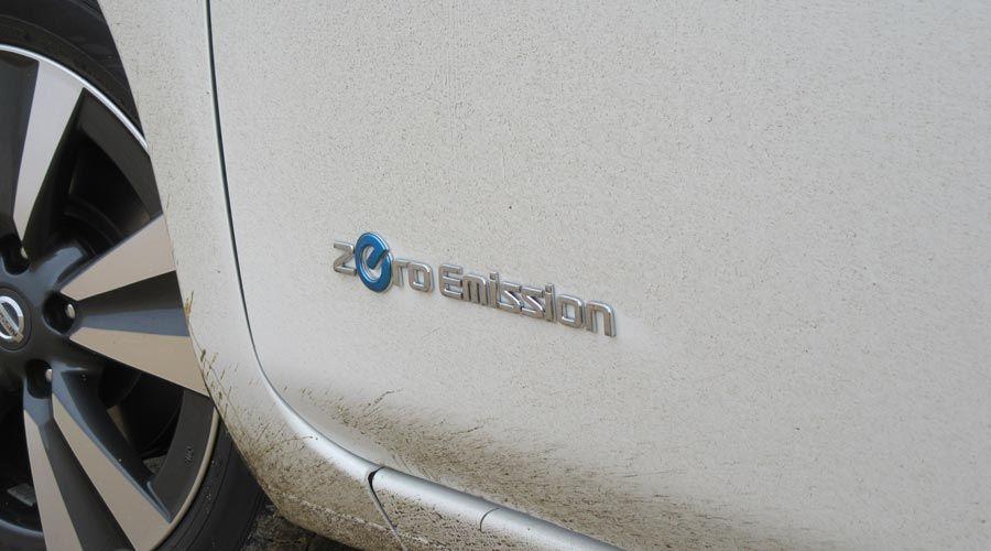 Nissan-Leaf-logo-WEB.jpg