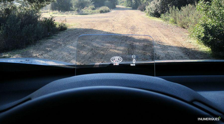 Honda-CRV-Hybrid-HUD-WEB.jpg