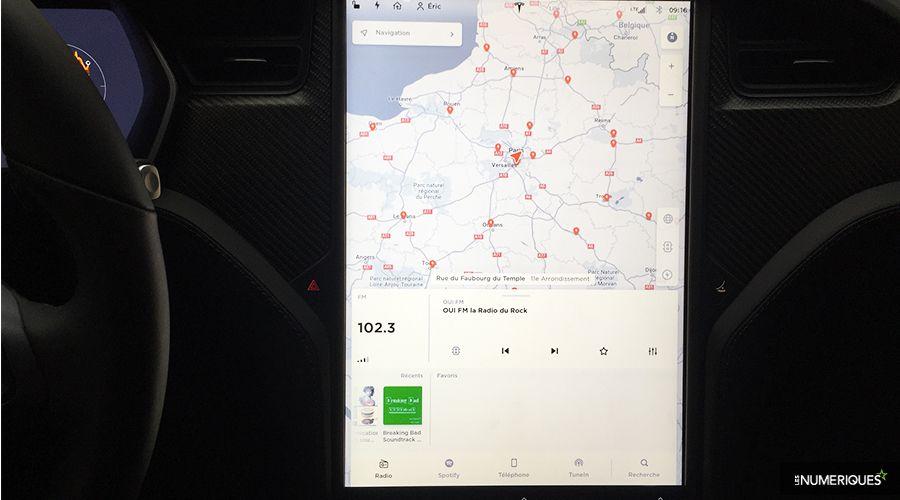 1_Tesla-Model-S-interface_1-WEB.jpg