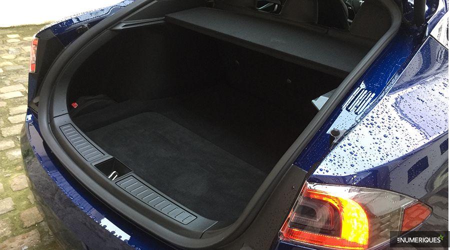 Tesla-Model-S-coffre-back-WEB.jpg